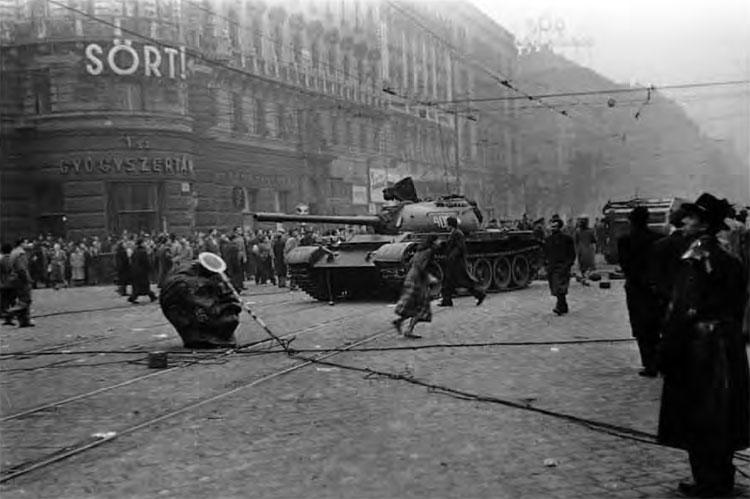 Hungary1956-Lg
